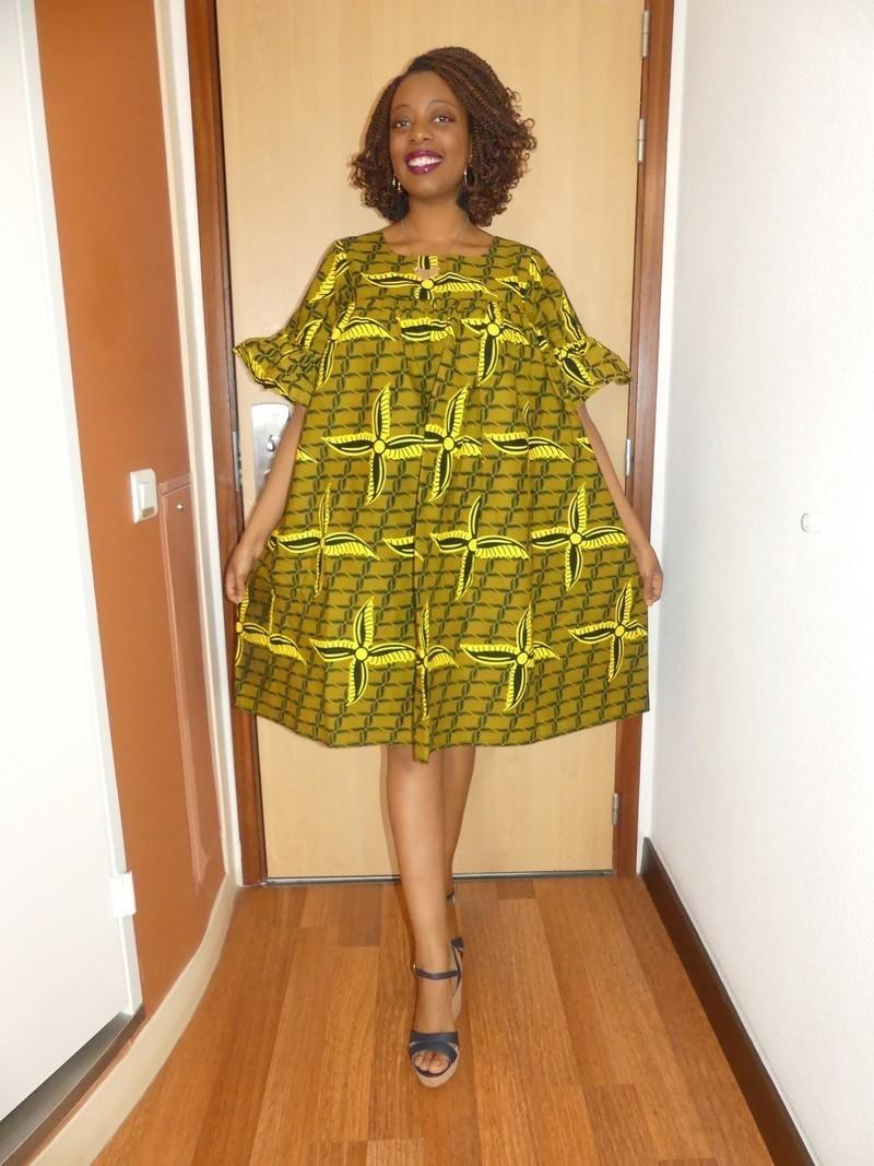 la meilleure attitude artisanat de qualité meilleure vente Robe ample manches courtes en wax ( pagne africain ) - Robes courtes robes  evasées, jaune, grande taille et formes, look intégral wax, wax, pour elle,  ...