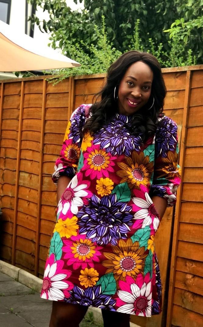 ea3e29b4b05 Nouveauté Robe droite multicolore à imprimé africain Ankara par ...
