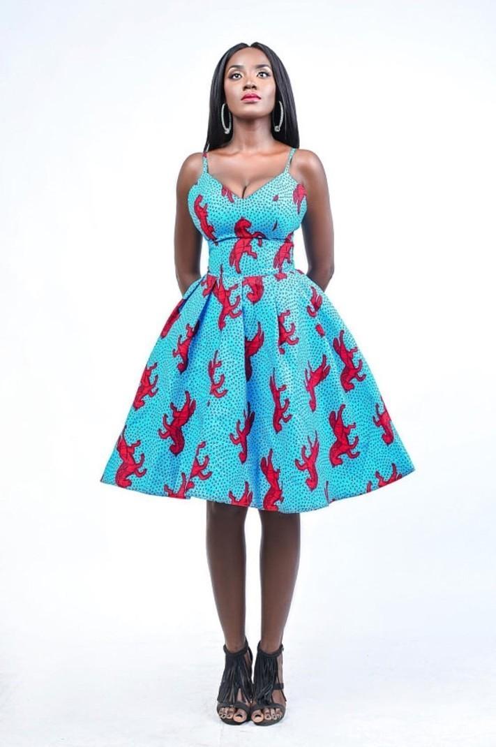 Robe De Jedidah Corto Bleu Par Enagancio Robes Courtes Afrikrea