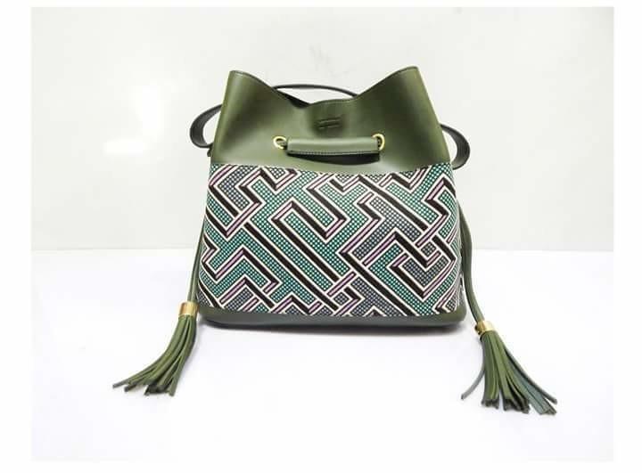 91ba43c21c1 Labyrinth seal bag by dakrol - Hand bags - Afrikrea