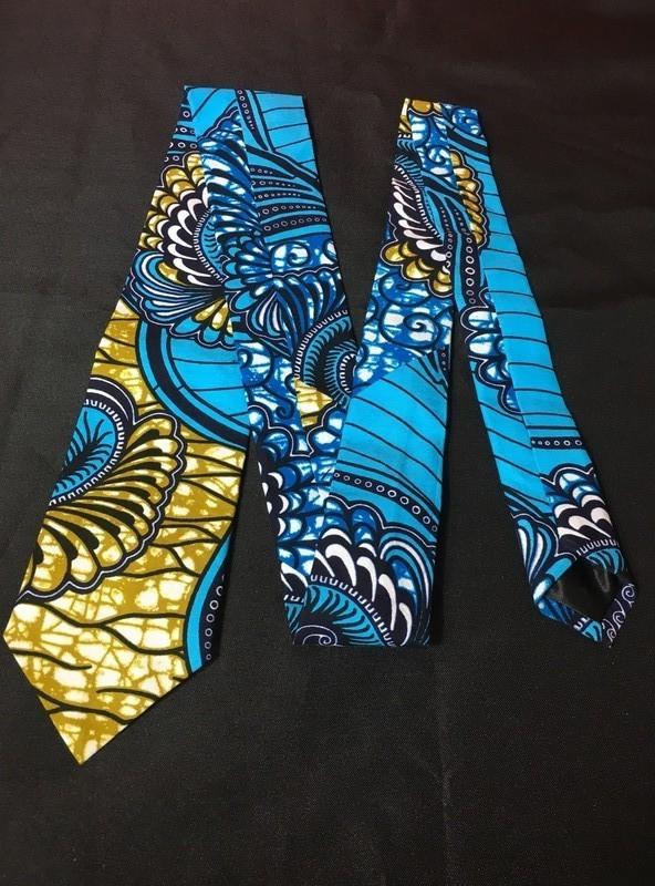 3a1213272af16 Cravate en tissu africain wax   par boutique-orixas - Cravates ...