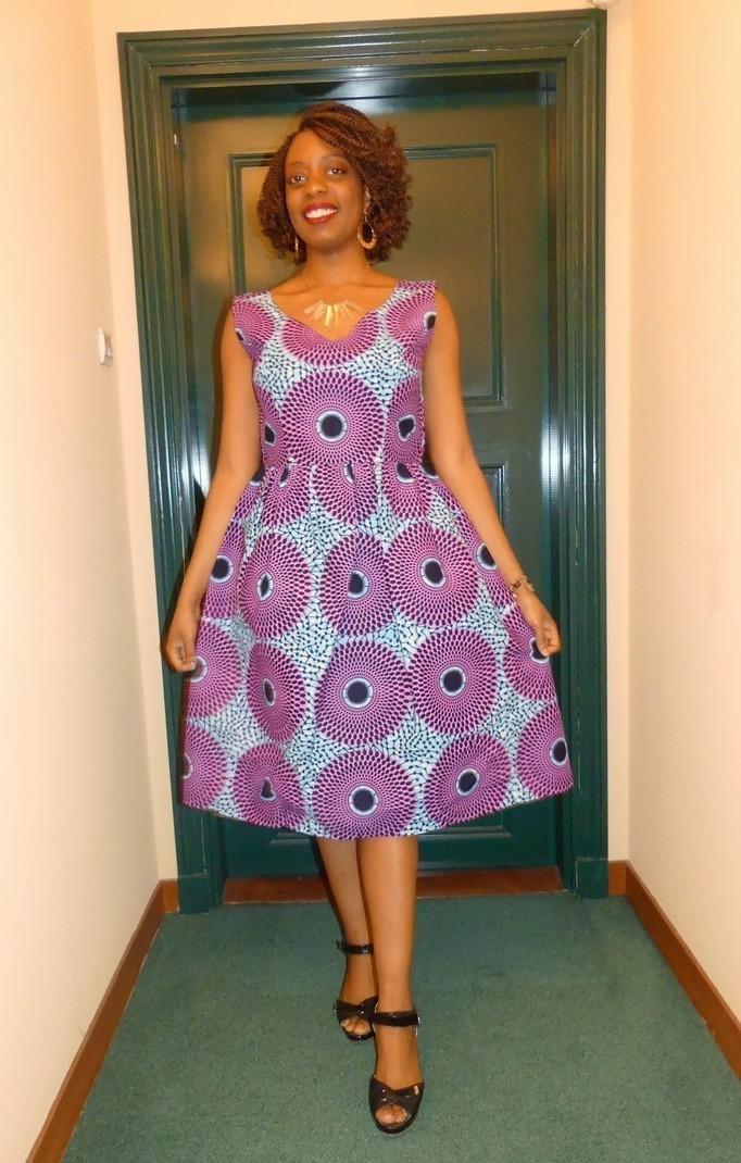 robe col v sans manches en wax pagne africain par pagnshopea rob afrikrea. Black Bedroom Furniture Sets. Home Design Ideas