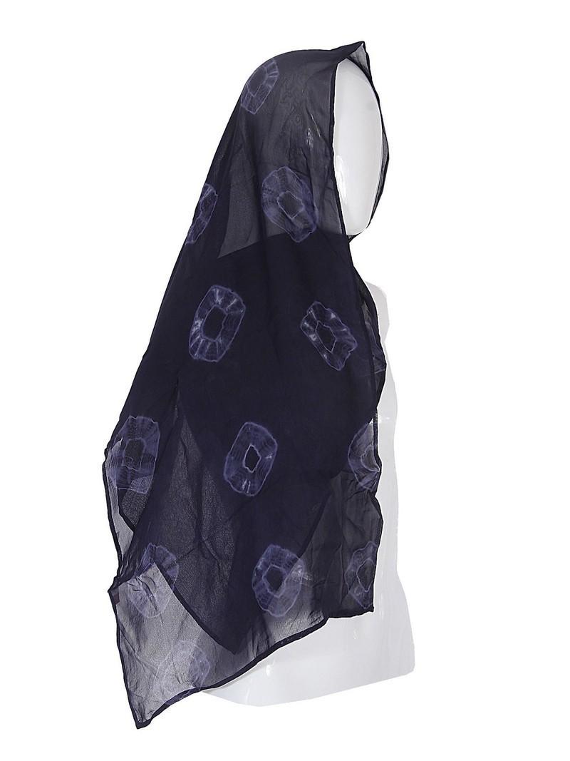 Foulard femme en mousseline bleu Adire par adirelounge - Echarpes ... a57d3a22b88