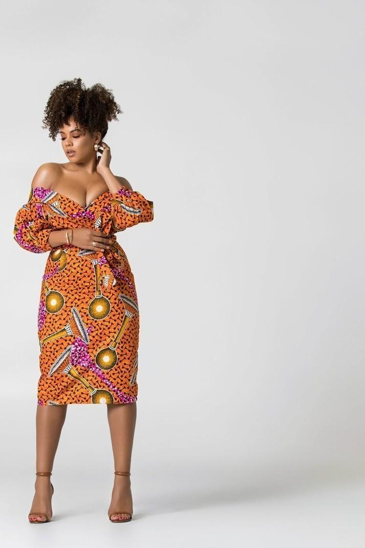 4684de12392 Robe Jaiyesimi à imprimé africain par grass-fields - Robes Mi ...