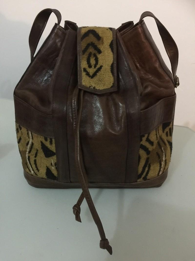 659c8f39f6 Sac bourse femme cuir et bogolan par artisanat-afro - Sacs à main ...