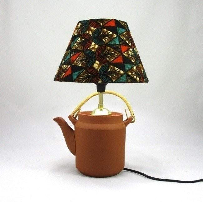 lampe th i re argile naturelle et son abat jour wax noir marron bleu afrikrea. Black Bedroom Furniture Sets. Home Design Ideas
