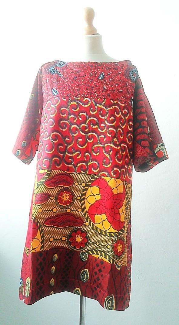 b80ef02b5cc1 Carla robe tunique oversize imprimé africain par sosome - Robes ...