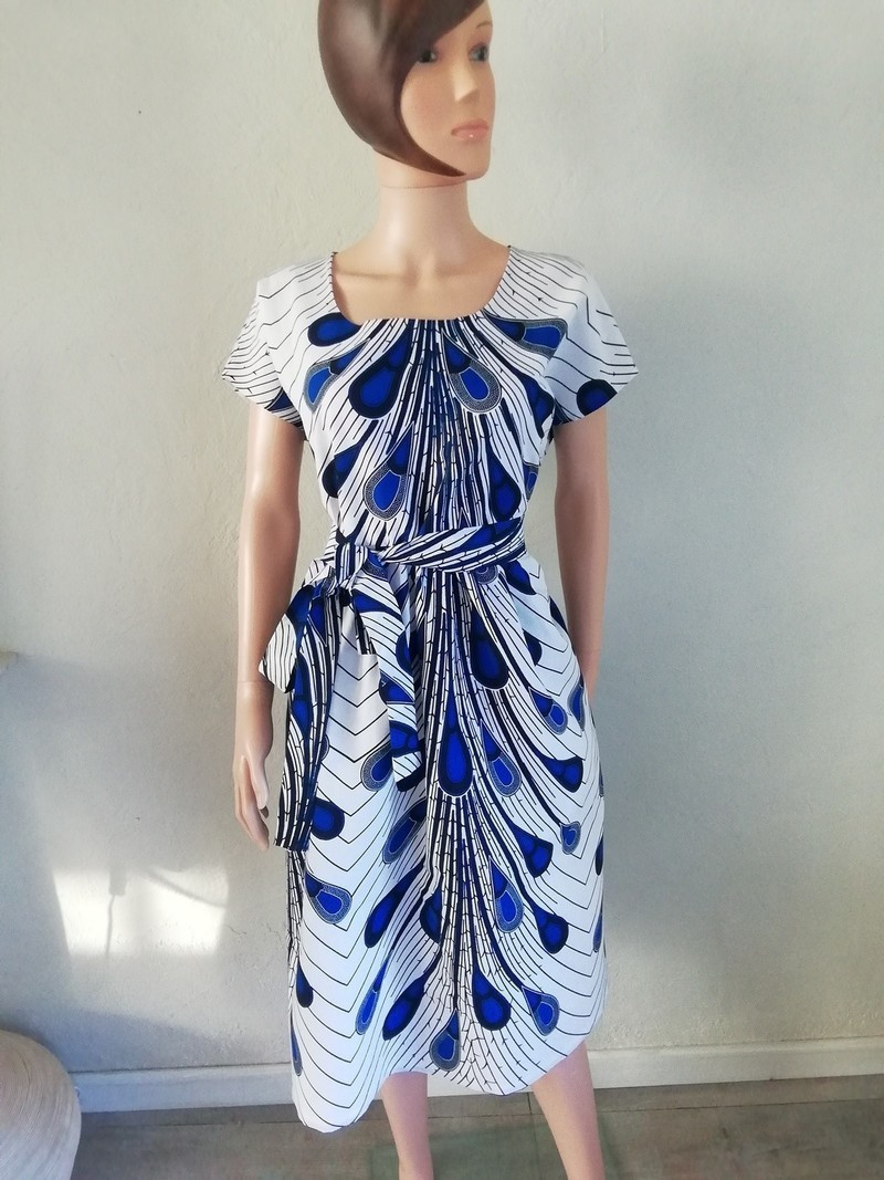 Dressing Dans Petite Piece dress at the waist wax african atypical white and blue dominant - short  dresses flared dresses, white, petite, plus size and curves, all ankara,