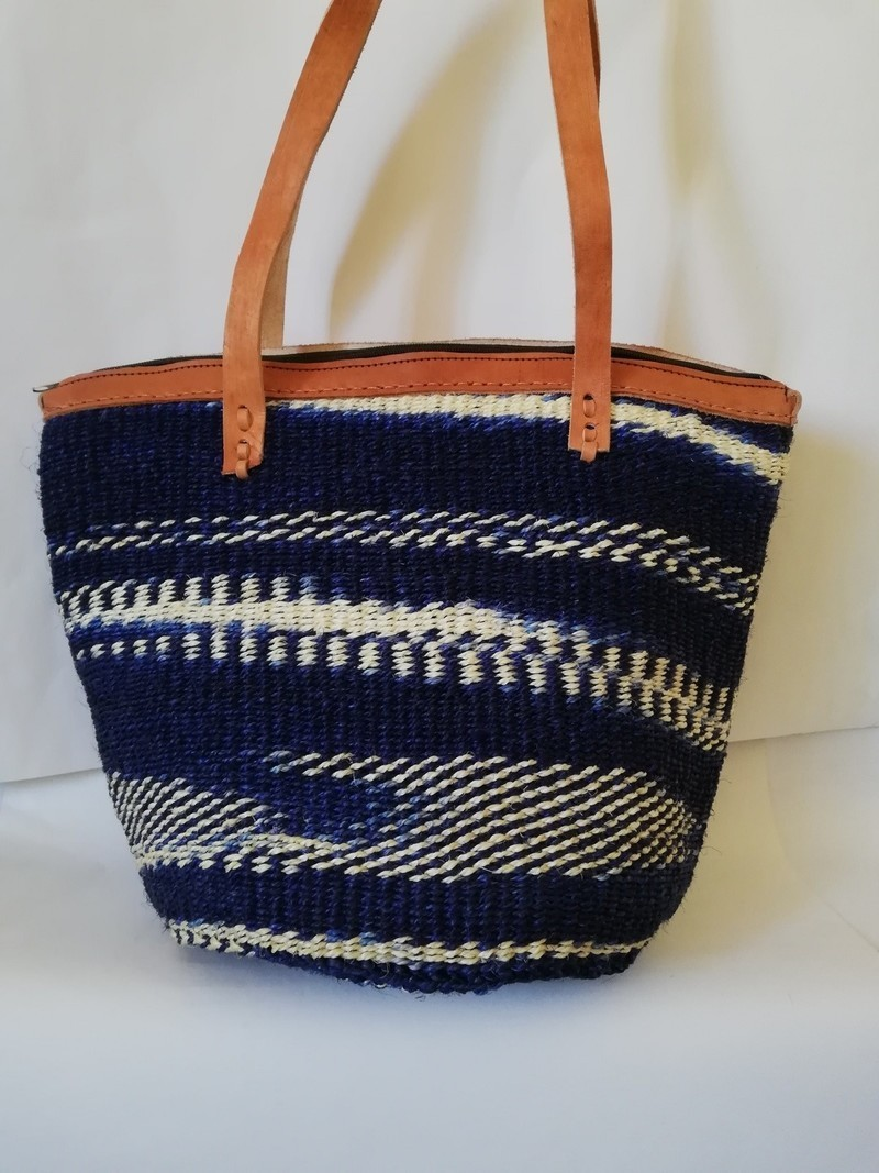 Sac en sisal tissé africain, sac à bandoulière tissé, sac à main tissé, sac de plage, sac dété, cadeau de maman Sacs à bandoulière bleu, cuir