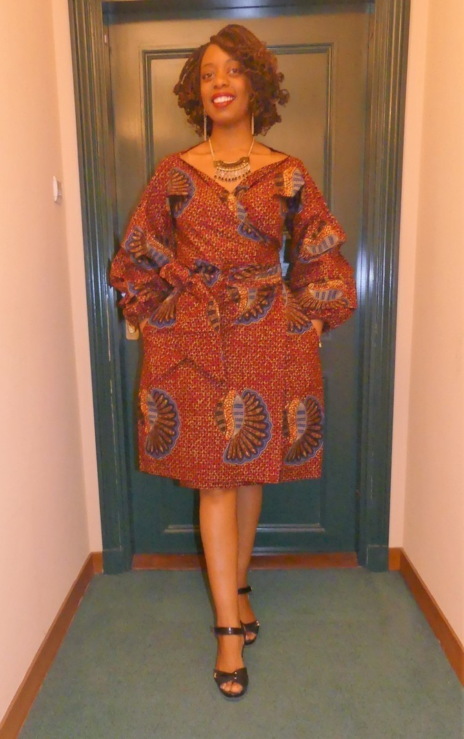 robe portefeuille en wax pagne africain par pagnshopea robes cou afrikrea. Black Bedroom Furniture Sets. Home Design Ideas
