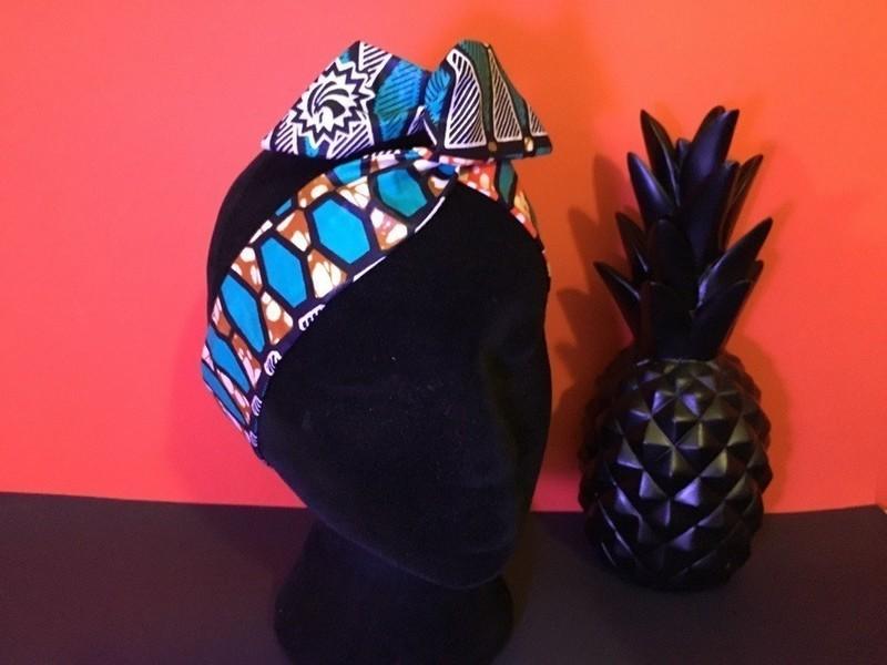 e213ef2133cfc Bandeau bunny black pin-up foulard en wax positionnable par boutique ...