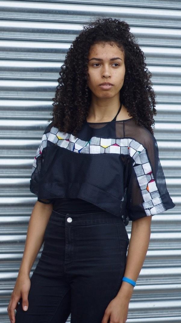 Lego Mesh T-shirt par asikarabylaurajane - T-shirts femme - Afrikrea 953c2b24209
