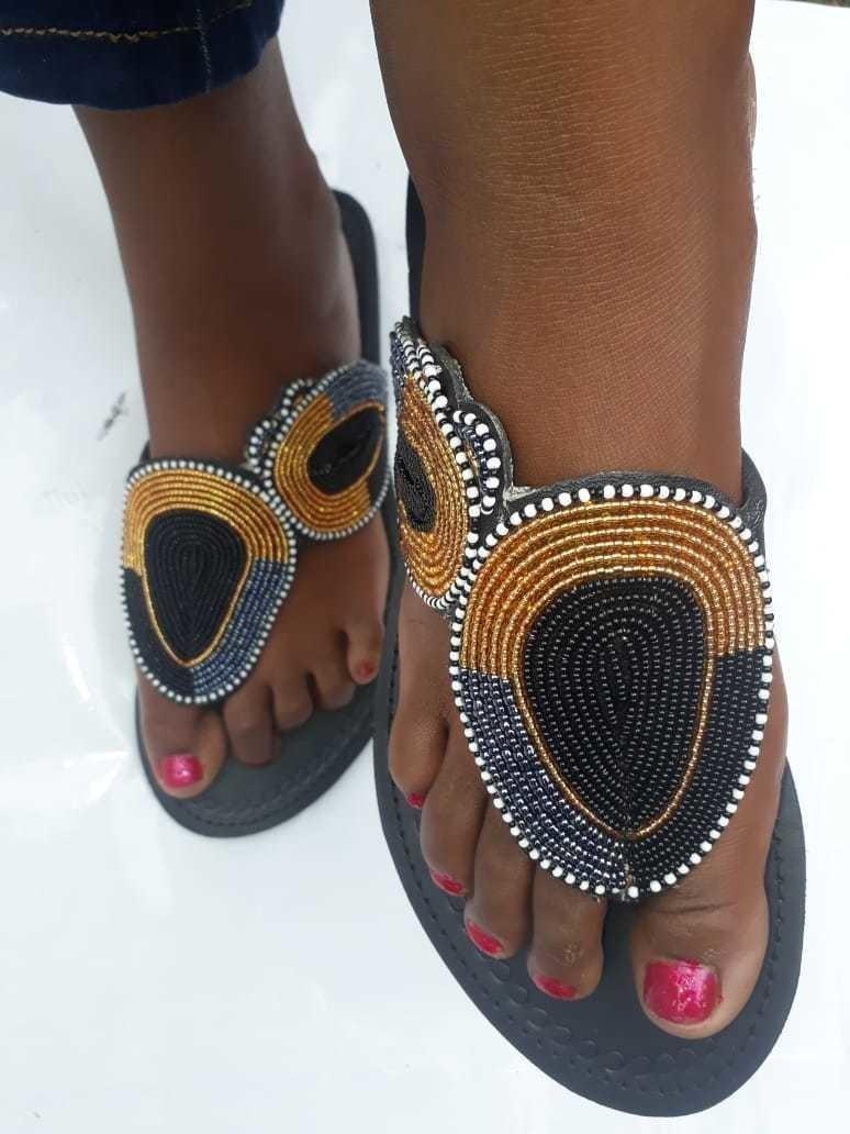 f2dfcdfecab39 African sandals / Maasai sandals / Kenyan sandals / women sandals /  handmade sabdals - Sandals, flip flops brown, maternity, zulu, maasai and  pearls, ...