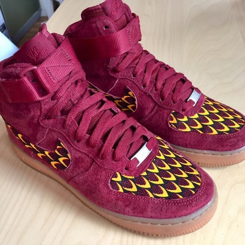 mieux aimé 4d79a 93783 Nike Air Force One bordeaux en daim customisées en wax serpent - Baskets  rouge, , , , pour elle, wax, cuir,