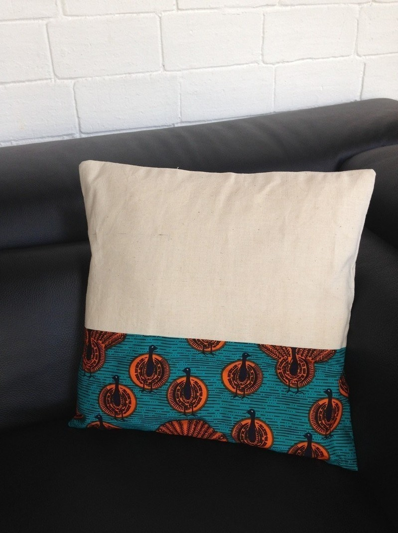Confectionner Une Housse De Coussin 50x50 cushion cover in african fabric or wax and linen - cushion blue,  cotton, line, ankara