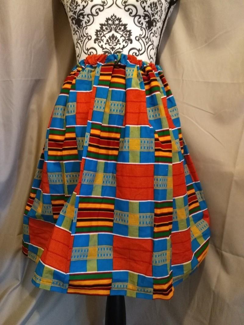 04cb6733e8425a Jupe wax - Jupes Courtes et mini-jupes jupes evasées, multicolore, , avec  une touche de wax, casual, wax, pour elle, wax, les beaux jours, mariage et  ...