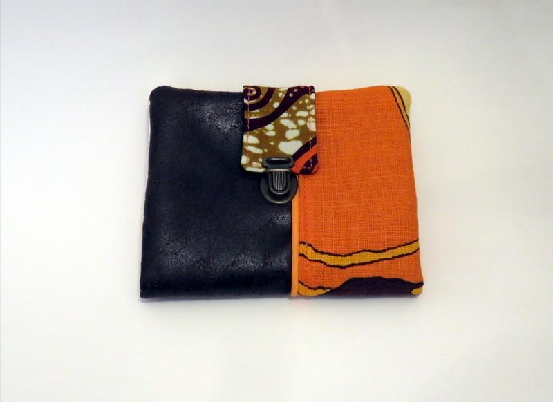afe1ac576710 Portefeuille ethnique modèle TIMOR - marron vintage par la-fabrik-d ...