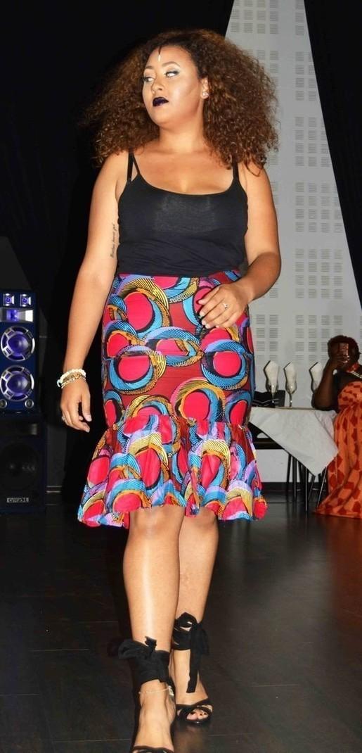 7e10f1e745d348 jupe droite en tissu imprimée africain - Jupes Mi-longues , multicolore, ,  , , pour elle, wax,