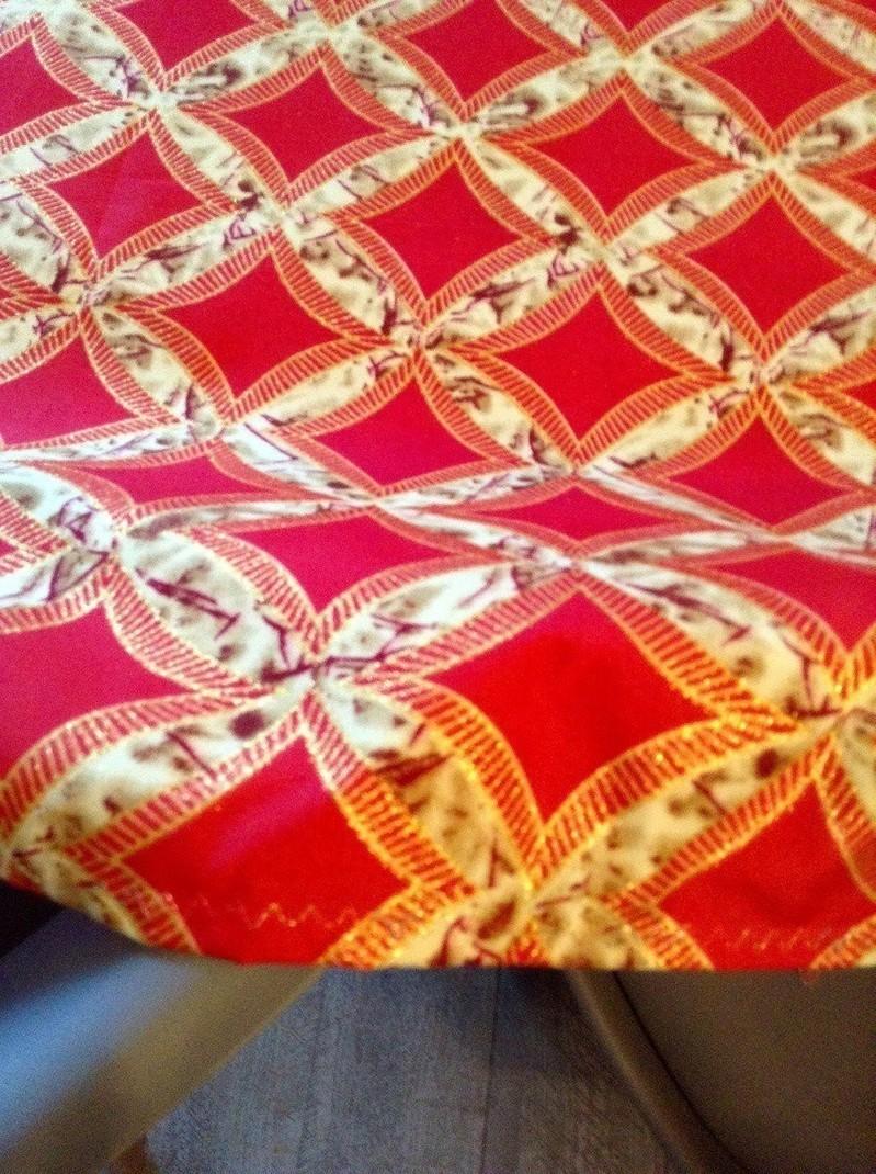 Nappe esprit wax fashion rouge corail jaune paille et or.... 2,65cm ... bcfb24cf3b59